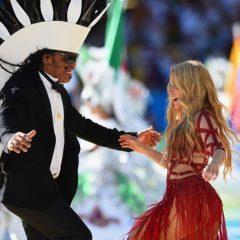 Carlinhos Brown resgata apresentação com Shakira na Copa do Mundo de 2014