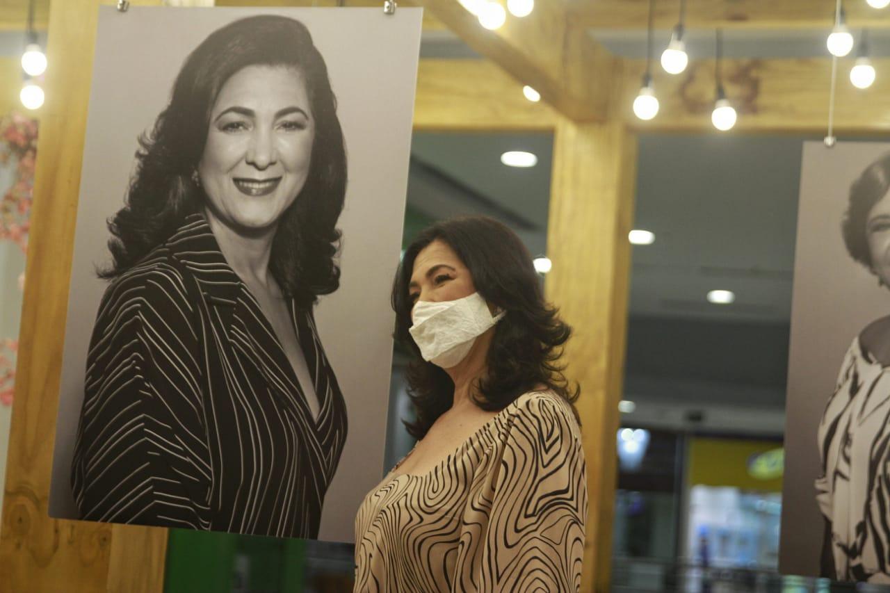 Dra.  Geisy Lima, vencedora na categoria Medicina e Saúde (Foto: Romulo Chico/Esp.DP)