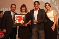 . Na foto, Mauricio Rands e Aleide Couto com vencedores nas categoria Extrato de Tomate Palmeiron com Aporte Comunicao, (Copy)