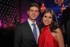 João Campos e Lara Santana