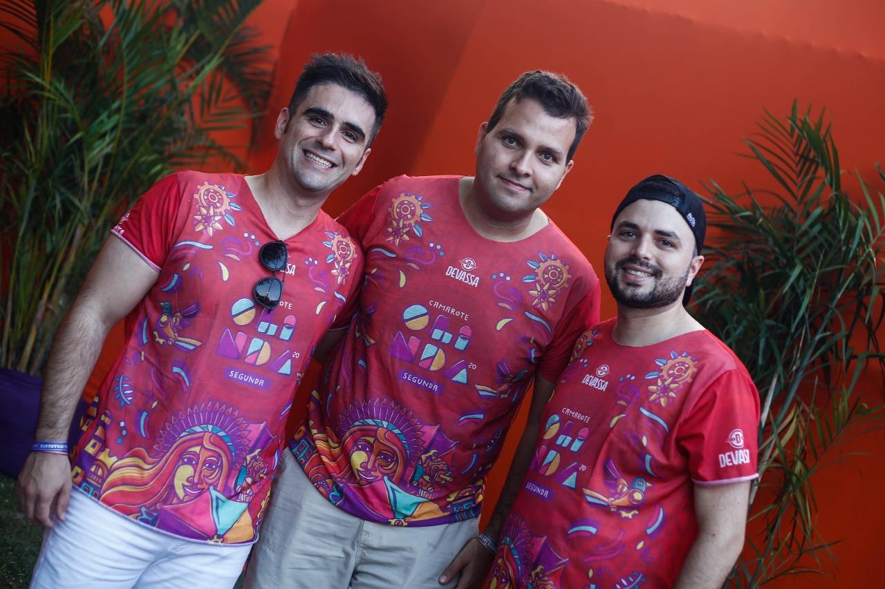 Tiago, Jorge e João