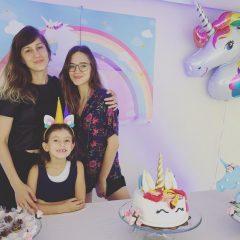 Especial Dia das Mães: produtora cultural Ana Garcia quer estar presente de corpo e alma na vida das filhas